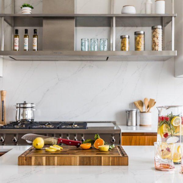 kitchen island and range Noyack Modern Waterfront Kitchen bu Cabinet Plant